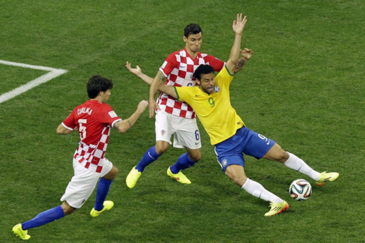 2014 world cup fred brazil croatia