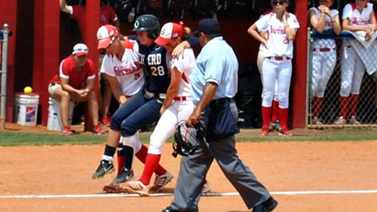 2014 sportsmanship moments chelsea oglevie