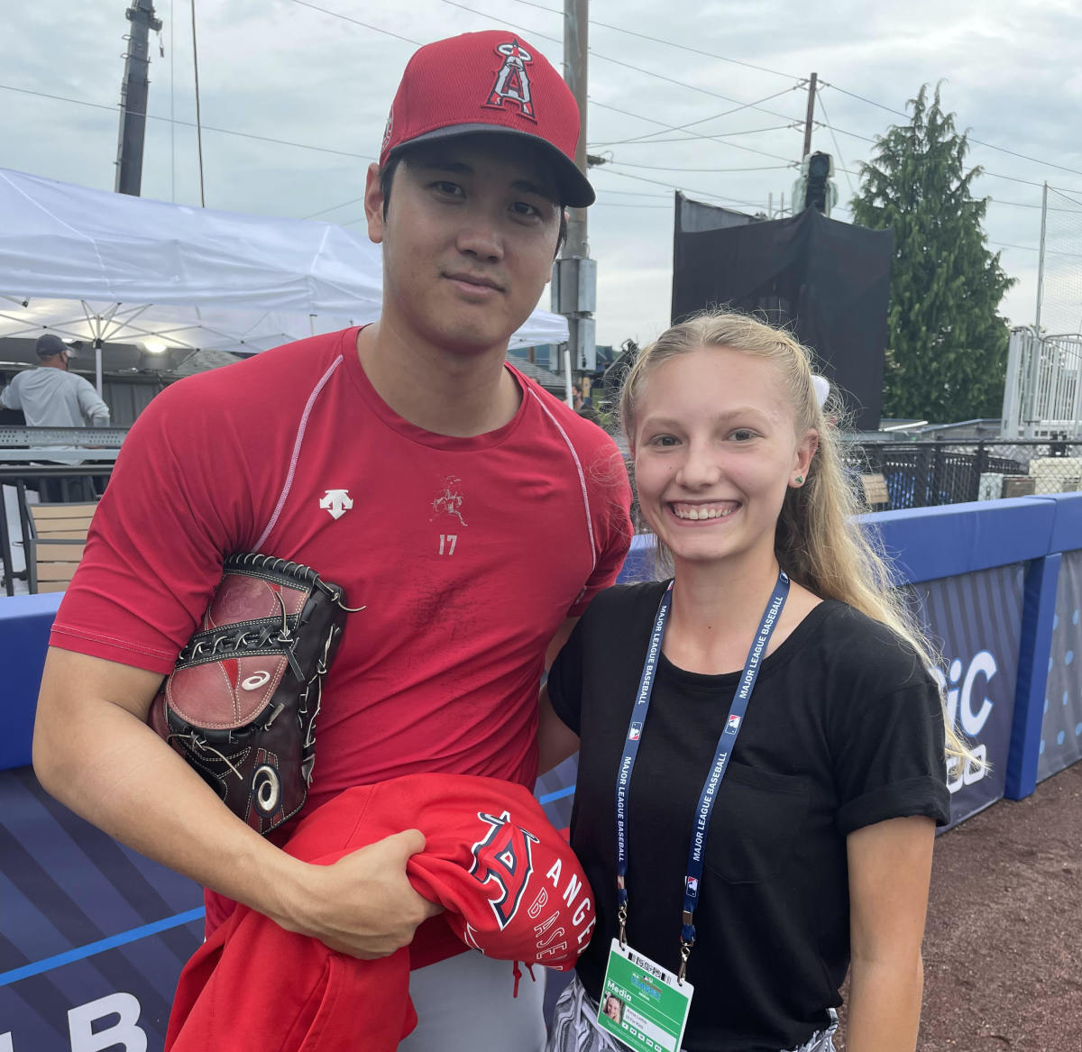 Ohtani with Kid Reporter Anna Laible